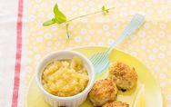 ¡Receta exprés! Albóndigas de pollo con puré de manzana al microondas
