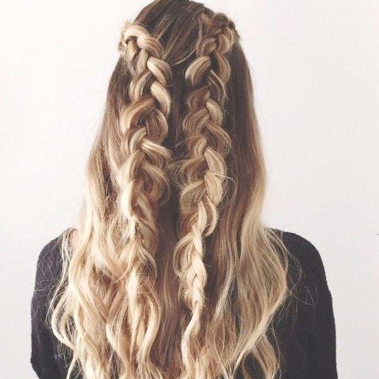 Coiffures pour enfants pour les cheveux longs avec des tresses