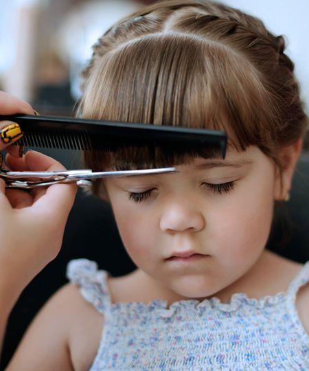 Babys Nagel Haare Schneiden Das Sollten Eltern Wissen