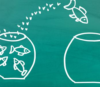 Perché si dice Pesce d'Aprile? La storia e le origini degli scherzi in occasione
