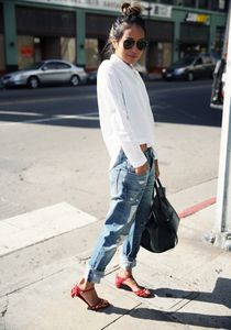 Chic et printanière en boyfriend jean