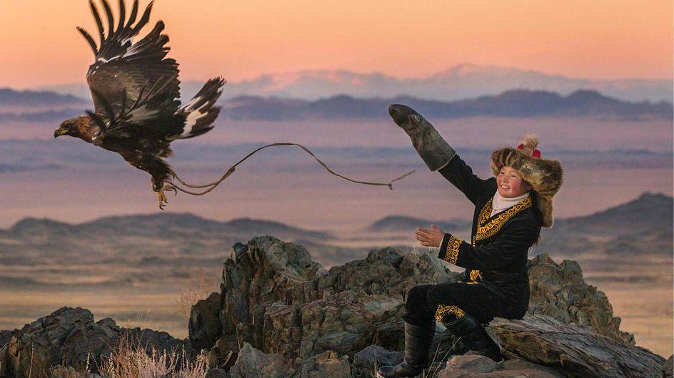 """La bande-annonce de """"La jeune fille et son aigle"""" montre le destin incroyable d'Aisolphan"""