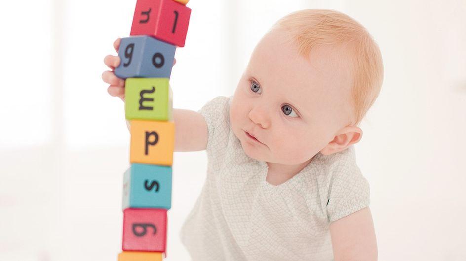 Quand bébé a 10 mois, où en est-il de son évolution ?