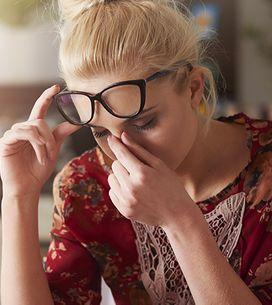 Mal di testa da ciclo: le cause principali e le soluzioni per prevenirlo e comba
