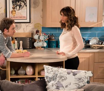 Coronation Street 10/04 - Maria Makes A Heartfelt Confession To David