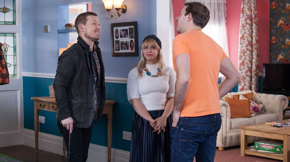 Hollyoaks 12/04 - Nancy Lies To Darren About Kyle