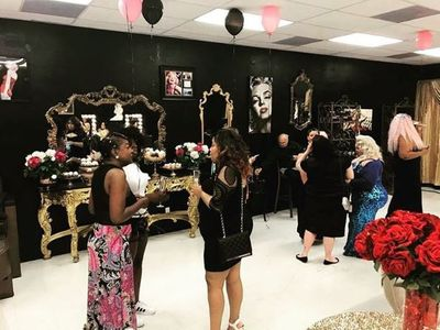 Le nouveau salon beauté plus size (Baby Doll Beauty Couture)