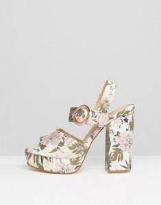 Accessori primavera estate 2017 scarpe New Look per Asos