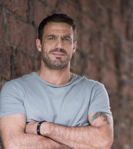 Hollyoaks 17/04 - Warren Has Recent Events On His Mind