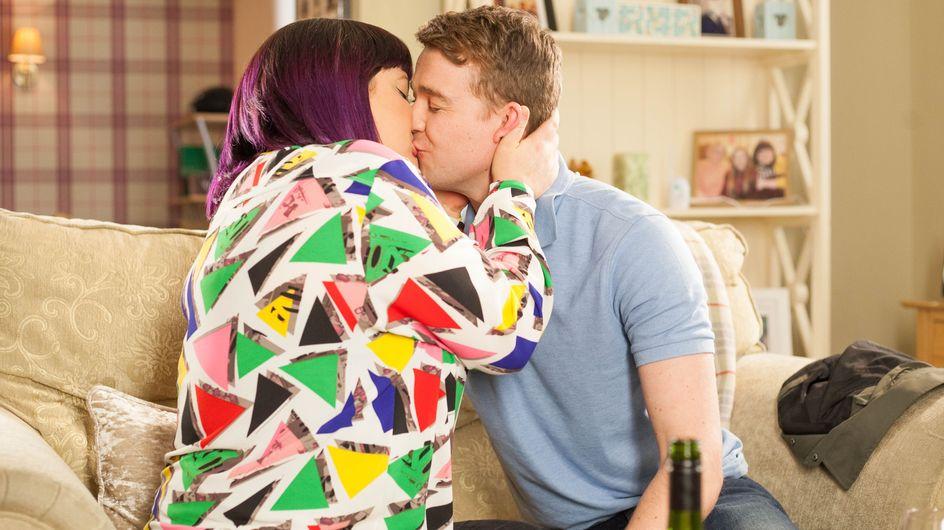 Hollyoaks 19/04 - Nick Kisses Teagan