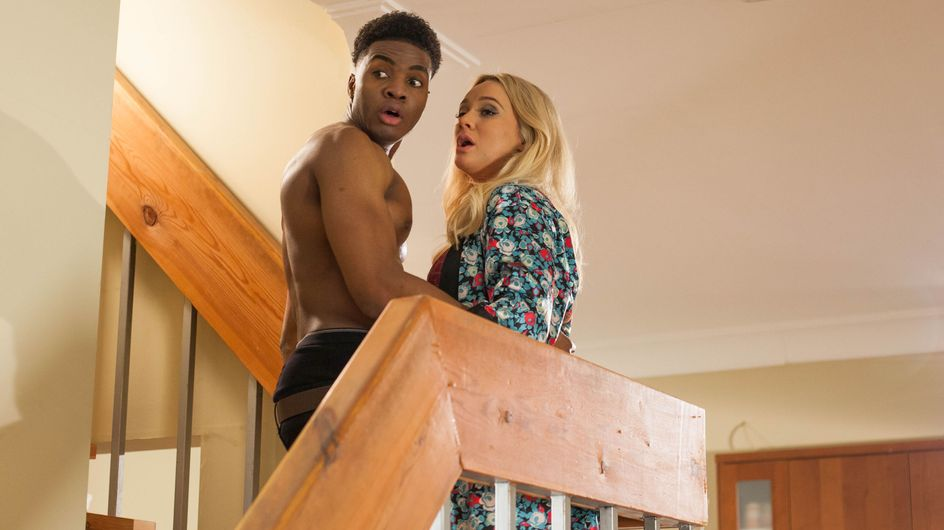 Hollyoaks 18/04 - Peri Nearly Catches Zach And Leela