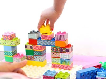 Pimpez les Lego de vos enfants avec du masking tape