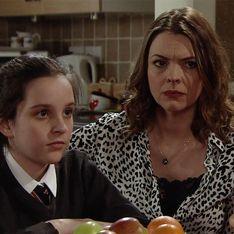 Coronation Street 24/04 - Tracey's Feeling The Strain