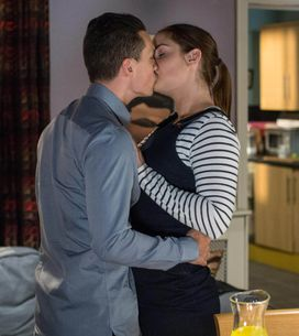 Eastenders 28/04 - Steven Prepares A Romantic Evening With Lauren