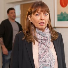 Hollyoaks 24/04 - Kathy Barnes Returns