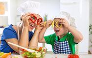 5 astuces pour que mon enfant mange des fruits et des légumes (avec le sourire)