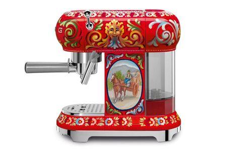 Cafetera espresso D&G y Smeg (c.p.v)