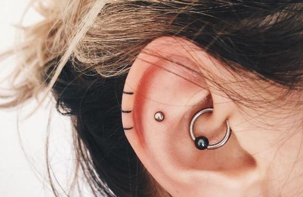 Oubliez les piercings ! Place aux tatouages pour oreilles (photos)