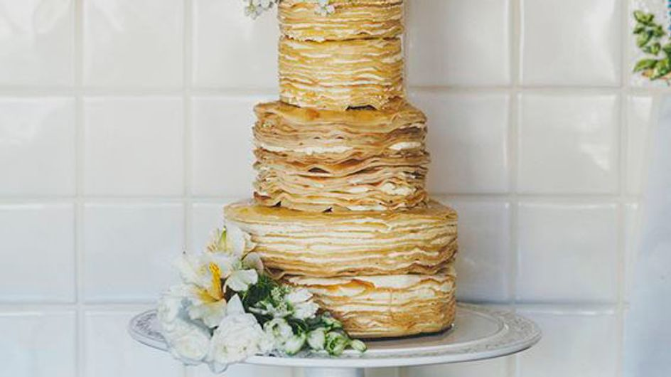 21 Alternative Wedding Cakes For Couples Who Don't Give AF About Tradition