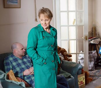 Coronation Street 10/05 - Sally Unwittingly Keeps Her Enemy Close