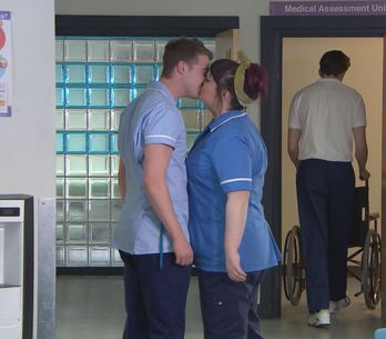 Hollyoaks 10/05 - Zack Spots Nick And Tegan Kissing