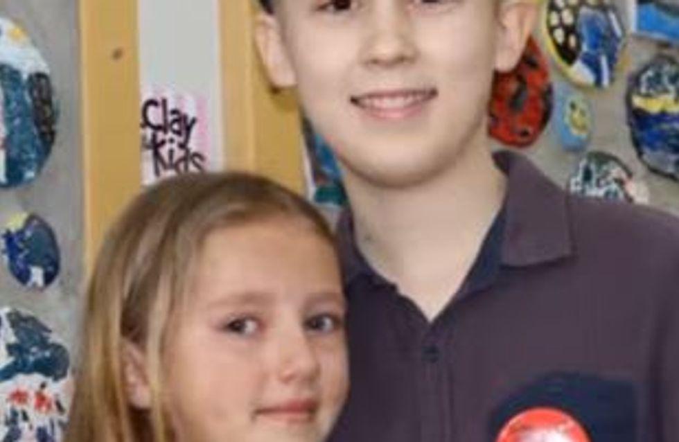 A 9 ans, elle se rase la tête pour soutenir son frère malade (vidéo)