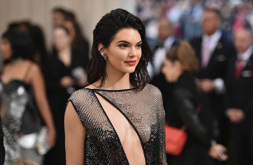 Kendall Jenner crée la polémique en posant pour la couverture du VOGUE India (Photos)