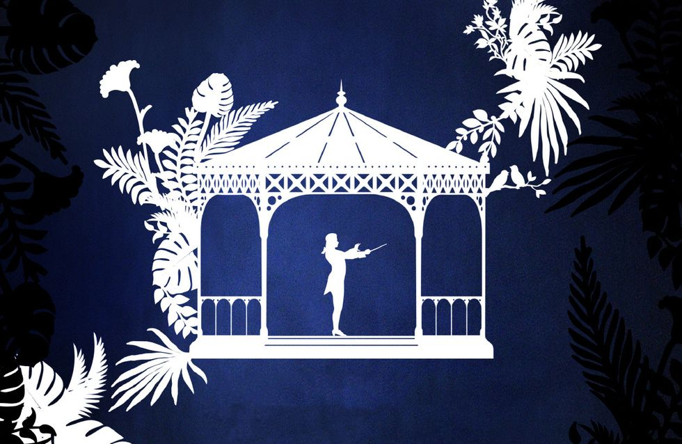 Julie Gayet met en scène Les Noces de Figaro pour l'Opéra en Plein Air