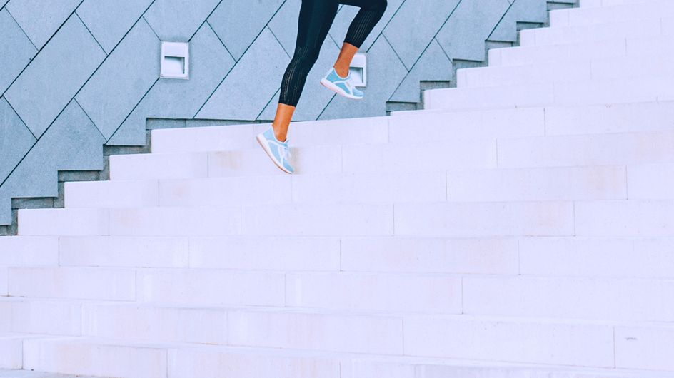 Gute Kombi: Holt euch den doppelten Fitness-Effekt mit Joggen plus Krafttraining!