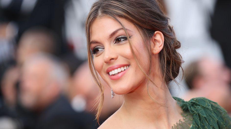 Miss Univers Iris Mittenaere enflamme La Croisette pour son retour en France !