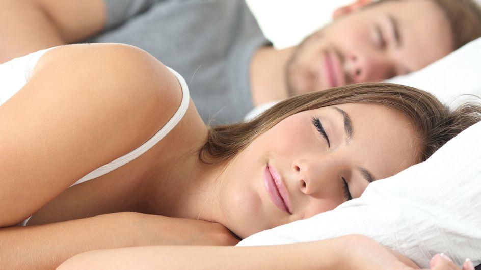 Le donne devono dormire più degli uomini. Una ricerca ci svela perché!