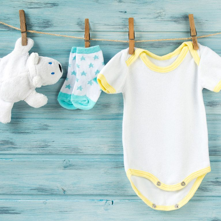 5 trucos para lavar (bien) la ropa de tu bebé 6d18d2dcfabf