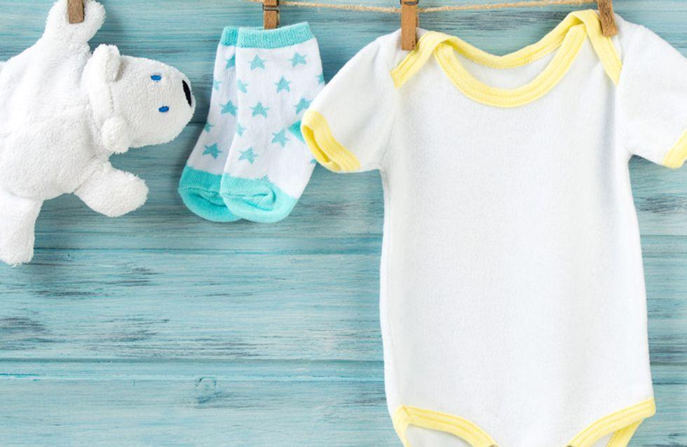 5 trucos para lavar (bien) la ropa de tu bebé