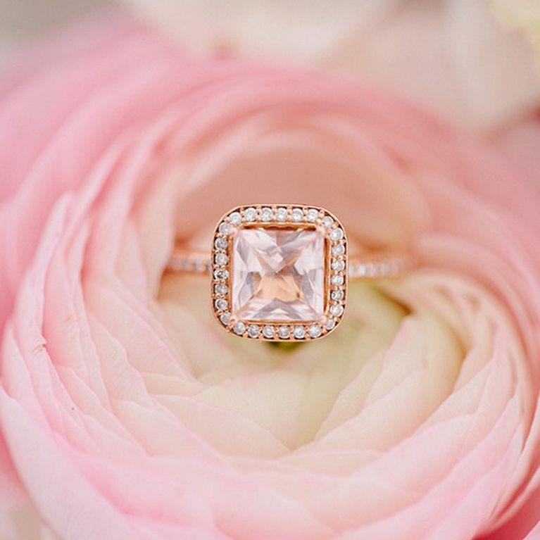64d0a6bc157a 20 anillos de compromiso de color rosa que a todas nos gustaría tener