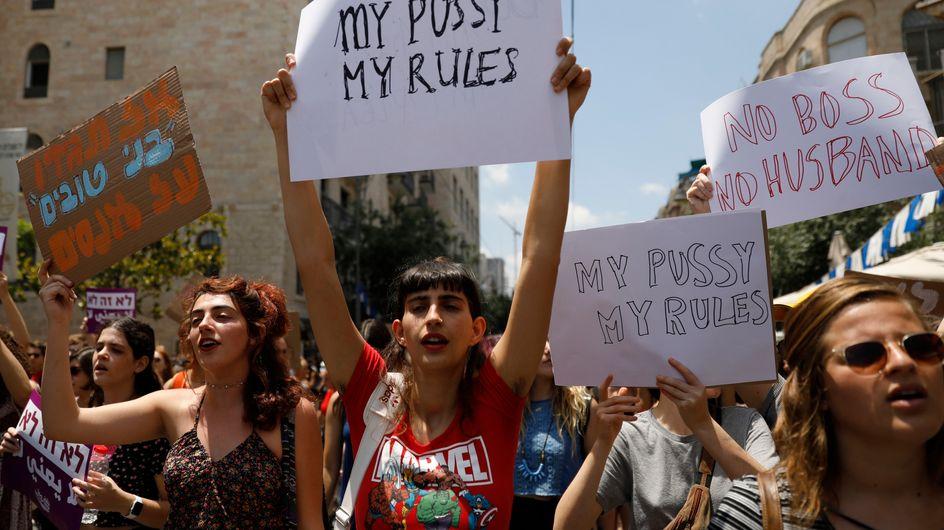 """Des centaines de manifestants à la """"marche des salopes"""" à Jérusalem (photos)"""