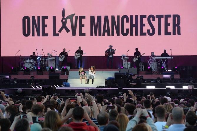 Attentat de Manchester : La visite d'Ariana Grande aux blessés
