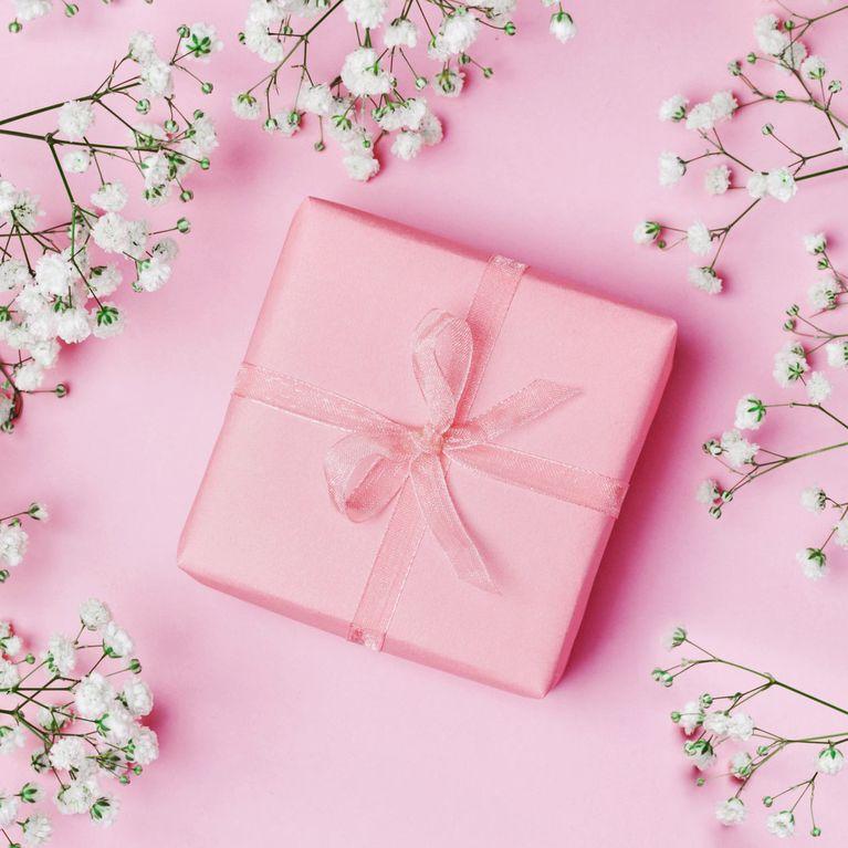 Nos Idées Cadeaux Pour Une Femme De 50 Ans