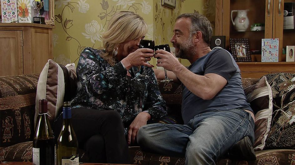 Coronation Street 23/06 - Anna And Kevin Make Up, But Not For Long...