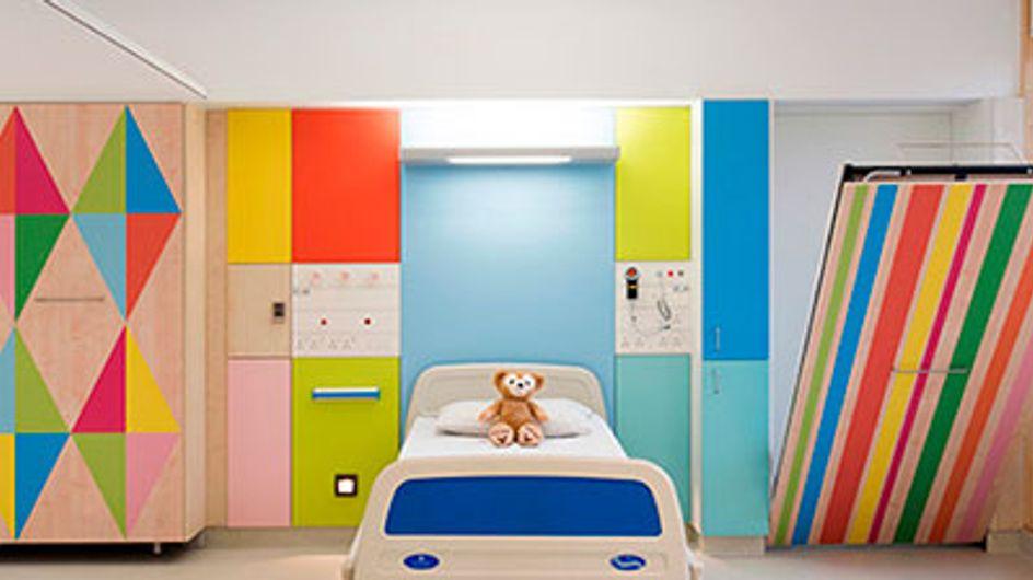 Quartos de hospital são transformados para alegrar crianças