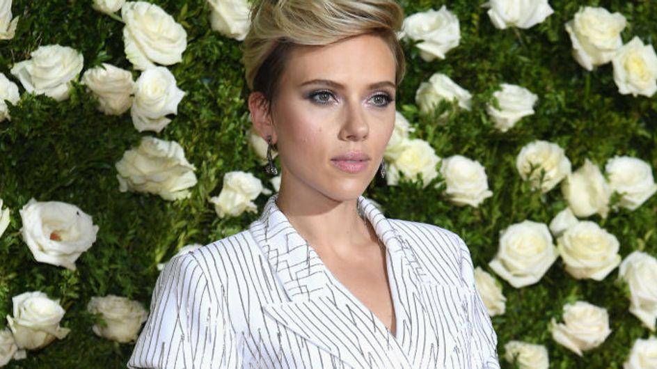 Scarlett Johansson brilla sobre la alfombra roja, mejor look de la semana