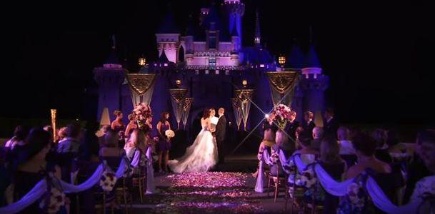 Il est désormais possible de se marier à Disneyland Paris ! (Vidéos)