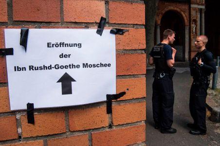 A Berlin, une mosquée qui accueille les femmes non voilées et les homosexuels vient d'ouvrir