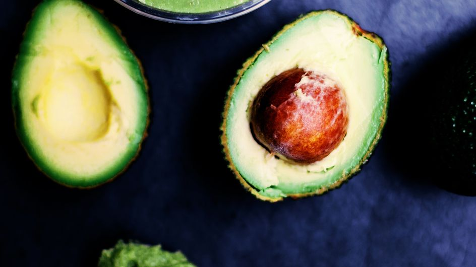 Cosa mangiare d'estate? 7 superfood che vi faranno rinfrescare e dimagrire!