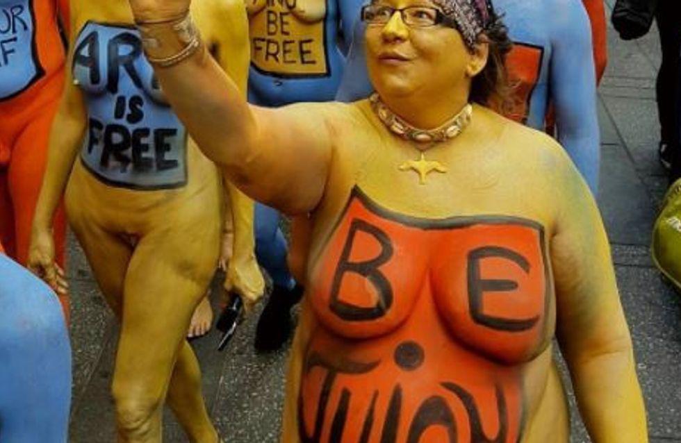 Ils manifestent nus pour prôner le body positive (photos)