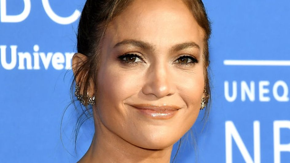 Accusée de Photoshop, Jennifer Lopez a la meilleure des réponses ! (Photos)