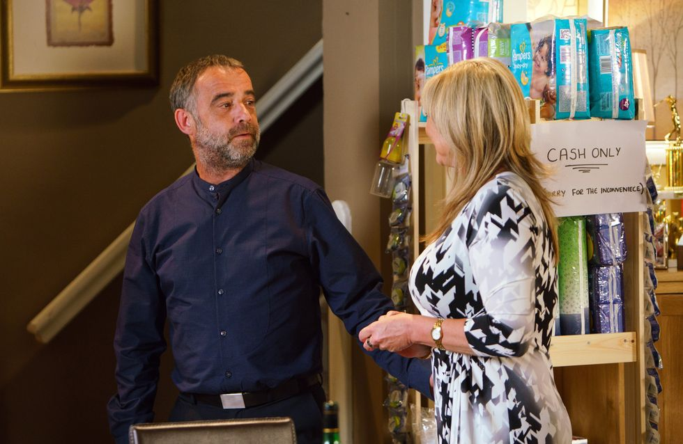 Coronation Street 07/07 - Erica And Kevin Make Use Of Dev And Anna's Absence