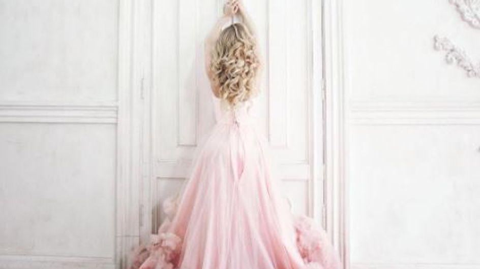 Cette nouvelle couleur de robe de mariée va vous rendre complètement dingue (Photos)