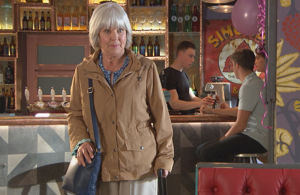 Hollyoaks 06/07 - Granny Campbell Arrives To Visit Courtney