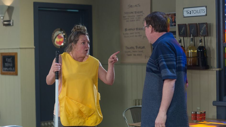 Eastenders 06/07 - Karen Starts Her First Day As The Cleaner At Beale's