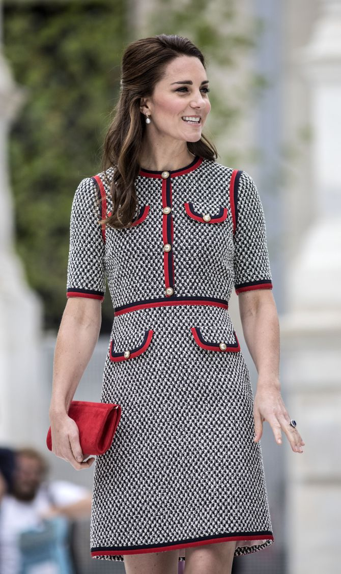 Kate Middleton et sa petite robe en tweed.